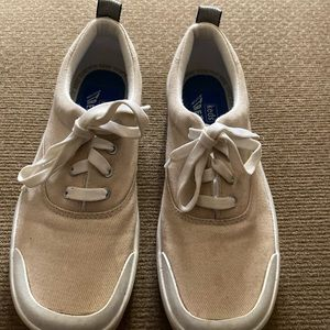 Keds stretch tan sneakers size 6